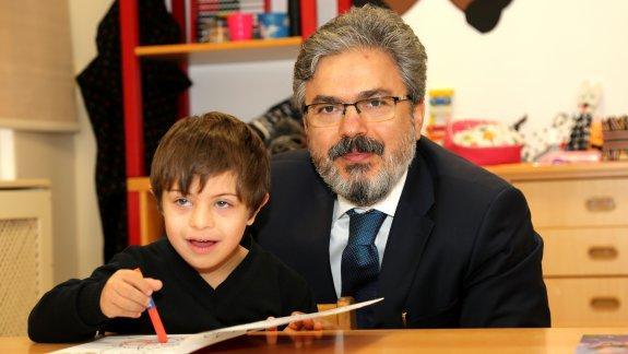 Müdürümüz Ömer Faruk YELKENCİ´nin 21 Mart Dünya Down Sendromu Farkındalık Günü Mesajı